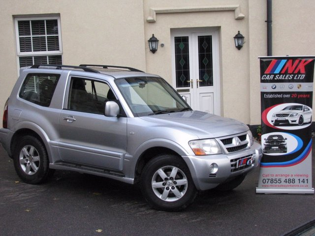 2005 05 MITSUBISHI SHOGUN 3.2 ELEGANCE SWB DI-D 3d AUTO 159 BHP NOW IN STOCK FULL HISTORY 10 NO STAMPS JUST BEEN SERVICED READY TO GO SOLD TO BRIAN FROM NORTH WALES