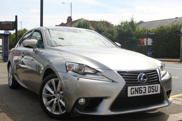 2013 63 LEXUS IS 300H 2.5 Luxury E-CVT 4dr
